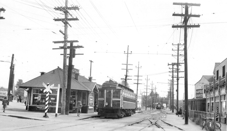 1955 年 Marpole 站(Kent 與 Oak Street 附近)。(City of Richmond Archives)